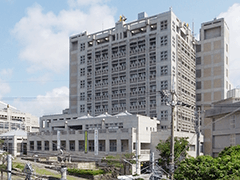 浦添市庁舎